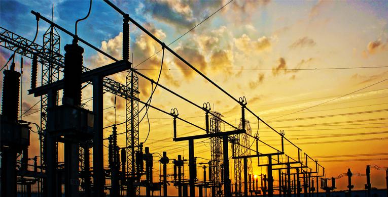 Escuela de Ingeniería Eléctrica - PONTIFICIA UNIVERSIDAD