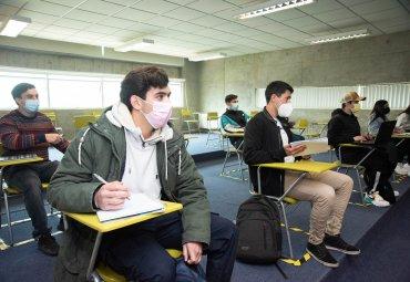 PUCV recibió más de 2 mil estudiantes con clases presenciales en modalidad híbrida