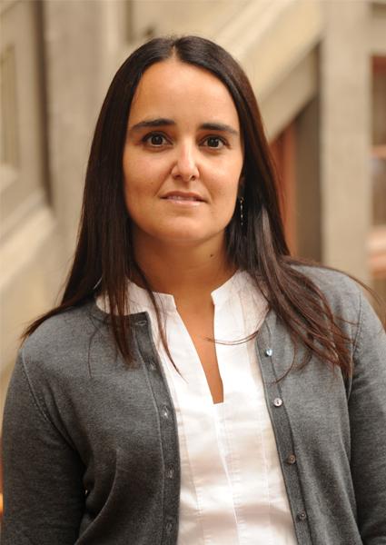 Alejandra Illanes Valdés - PONTIFICIA UNIVERSIDAD CATÓLICA DE VALPARÍSO